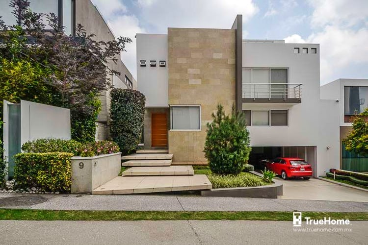 Portada Casa en venta en Santa Fe Cuajimalpa, 661 m² con jardín y terraza