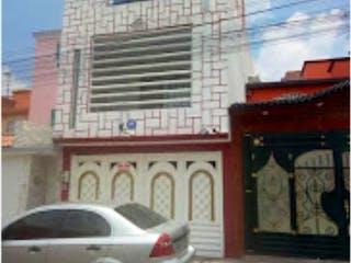 Casa en venta en Fracc Real Del Bosque, Estado de México