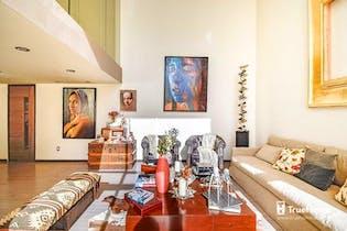 Casa en venta en Villa Coyoacán, 400 m² con jardín