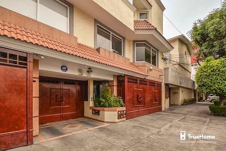 Portada Casa en venta en Del Valle Centro  252 m²