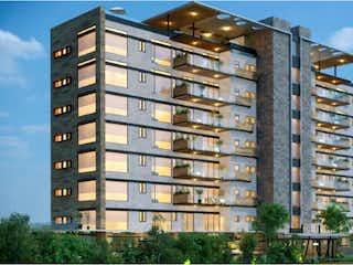 Un edificio alto con un reloj en la parte superior en Departamento en venta en Fracc Lomas Country Club 304m² con Gimnasio...