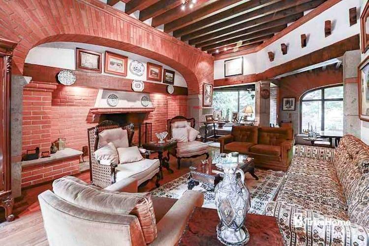 Portada Casa en venta en Flor de Maria, 630 m² con jardín