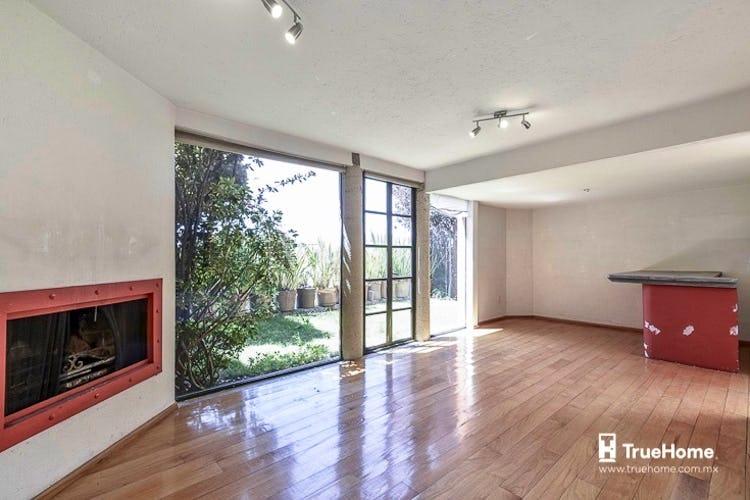 Portada Casa en venta en Cuajimalpa, 235 m² con jardín
