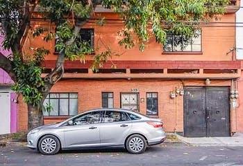 Casa en venta en Miguel Aleman con terrza  137 m²