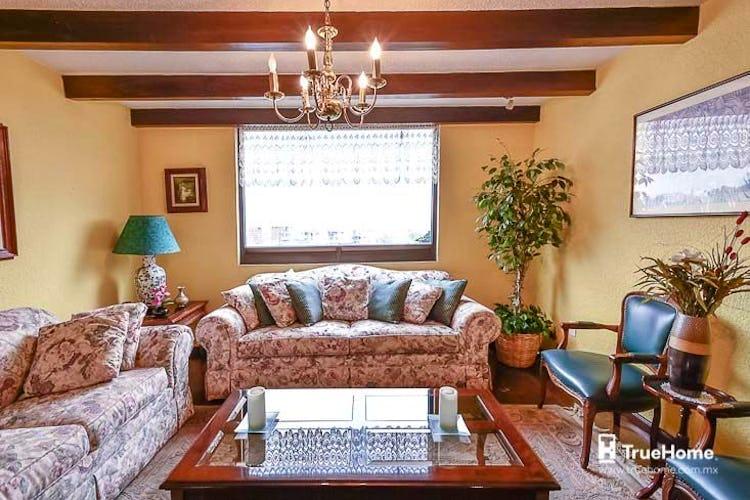 Portada Casa en venta en Colinas del Bosque 302m2 con terraza
