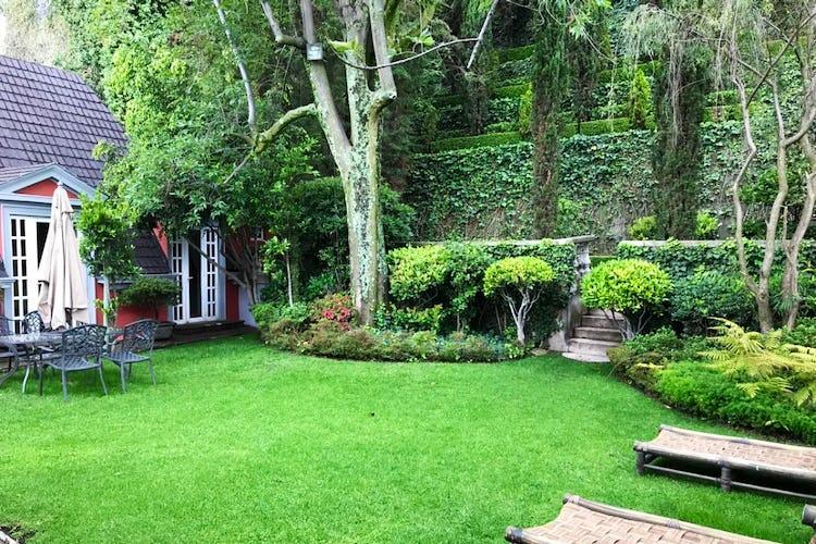 Portada Casa en venta en Lomas de Reforma, 790 m² con terraza