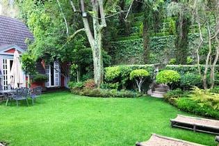 Casa en venta en Lomas de Reforma, 790 m² con terraza