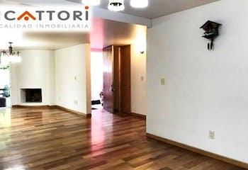 Casa en venta en Flor de Maria remodelada  260 m²