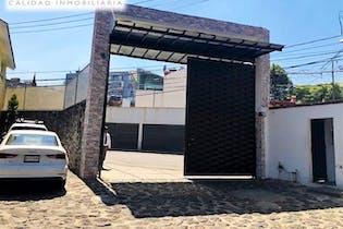 Casa en venta en condominio en Fuentes de Tepepan con terraza  220 m²