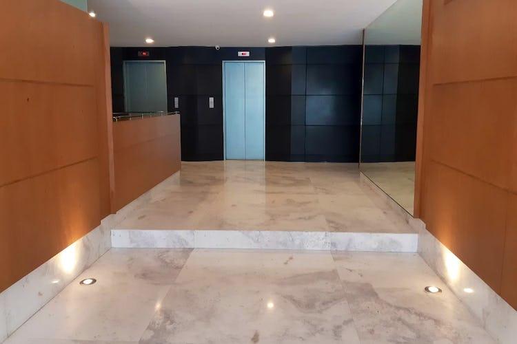 Portada Departamento en venta en Col. Noche Buena, 320 m² con balcón