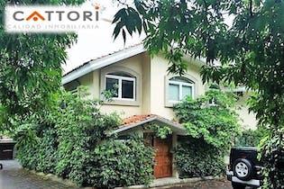 Casa en venta en Jardines del Pedregal con terraza 540 m²