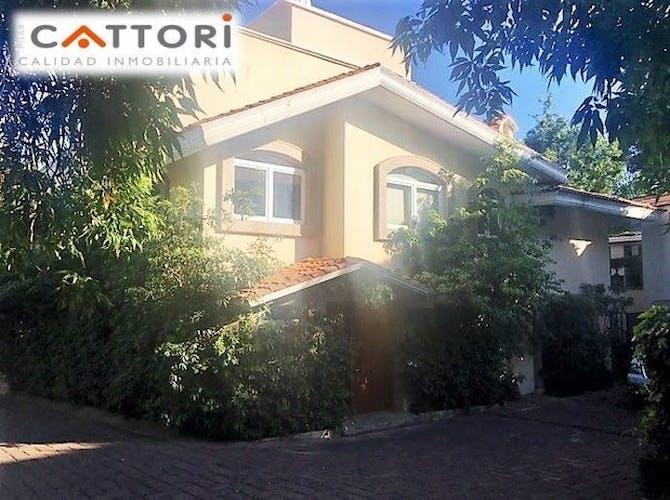 Casa En Venta En Jardines Del Pedregal Con Terraza 540 M