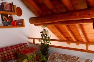 Departamento en venta en San José de los Cedros, 274 m² con jardín
