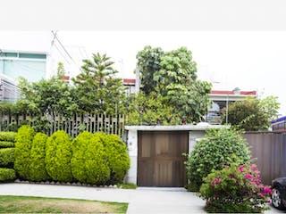 Casa en venta en Lomas De Tecamachalco, Estado de México