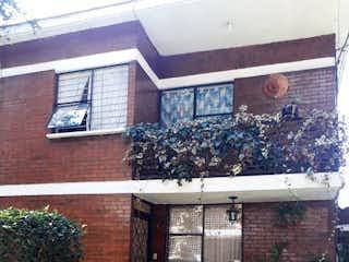 Una imagen de una planta frente a un edificio en Casa en Venta en San Jeronimo Lidice La Magdalena Contreras