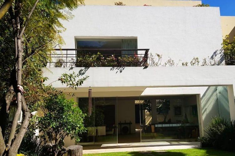 Portada Casa en venta en San Angel Inn, 619 m² recién remodelada