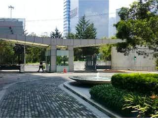 Una vista de una calle en una ciudad en Departamento en Venta en Hacienda del Parque 2a Sección Cuautitlán Izcalli
