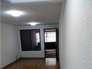 Un cuarto de baño con un inodoro y un lavabo en Casa en venta en Tezontle Zoquiapan 210m²
