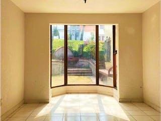 Una vista de un pasillo desde un pasillo en Casa en Venta en Santa Cruz del Monte Naucalpan de Juárez