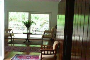 Casa en venta en Santa Ana de 4 hab. con Jardín...