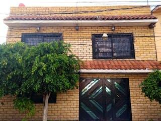 Casa en venta en Ecatepec de Morelos, Estado de México