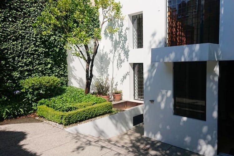Portada Casa en venta con uso de suelo en San Angel Inn  256 m²
