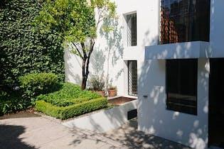 Casa en venta con uso de suelo en San Angel Inn  256 m²