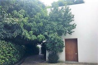 Casa en venta en Jardines del Pedregal con terraza 680 m²