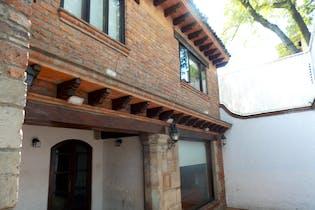 Casa en venta en San Angel Inn,  328 m² remodelada