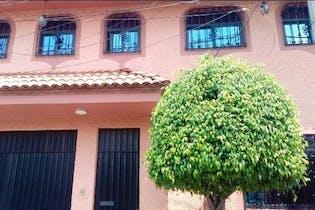 Casa en venta en Ajusco, 460 m² con patio
