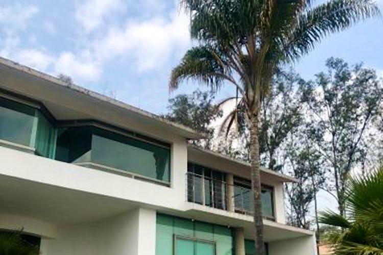 Portada Casa en venta en Jardines del Pedregal con terraza  1,000 m²