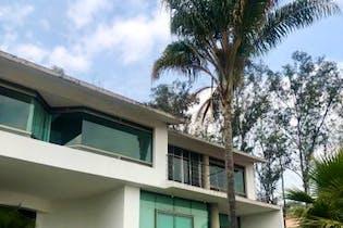 Casa en venta en Jardines del Pedregal con terraza  1,000 m²