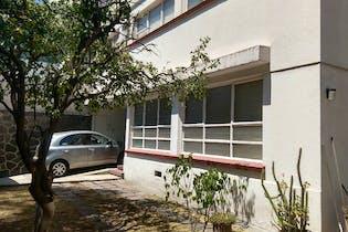 Casa en venta en Lomas de Chapultepec con balcon 350 m²