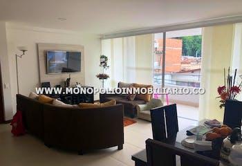 Amplio Apartamento En Venta - Sector El Estadio - Con Tres Alcobas