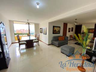 Una sala de estar llena de muebles y una televisión de pantalla plana en Unidad san Martin