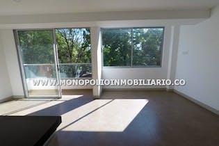 Apartamento en Belén-La Palma, cuenta con 3 alcobas y balcón.