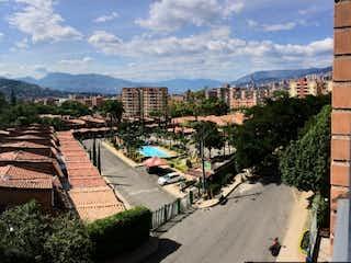 Una vista de una ciudad en medio de una ciudad en Apartamento en venta en Camino Verde de 128m²