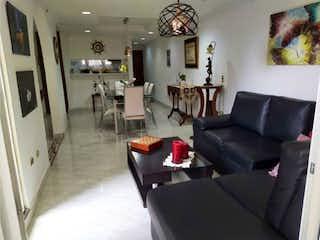 Una sala de estar llena de muebles y una chimenea en Casa en venta en La Candelaria 128m²