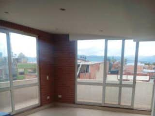Un baño que tiene una ventana en él en Apartamento en venta en Santa Teresita, 72m² con Balcón...