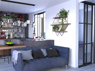 Una sala de estar llena de muebles y una gran ventana en Pergamo
