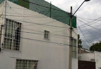 Casa en vena en Pueblo de los Reyes con terraza  186 m²