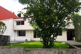 Casa en venta en Fuentes del Pedregal 757 m²