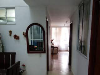 Una vista de un pasillo desde un pasillo en SE VENDE APARTAMENTO EN LA FLORESTA