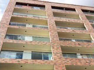 Un gran edificio de ladrillo con una gran ventana en Apartamento en Venta RIONEGRO