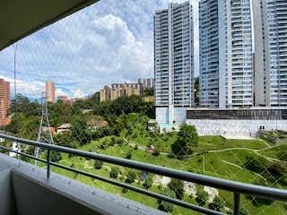 Una vista del horizonte de una ciudad en una ciudad en Apartamento en venta en Loma Del Indio de 68m² con Jardín...