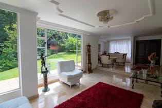 Casa en venta en Las Lomas de 4 hab.