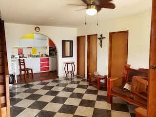 Una habitación muy bonita con un piso a cuadros en Casa en venta en Casco Urbano Sopetrán, de 10000mtrs2