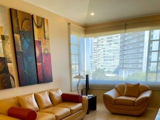 Una sala de estar llena de muebles y una gran ventana en JULIAN ADAME, CASA EN CONDOMINIO EN VENTA