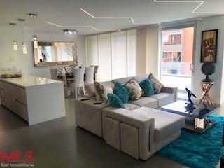 Una sala de estar llena de muebles y una ventana en Praga Living