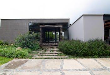 Casa en venta en Alto Del Escobero  380m²